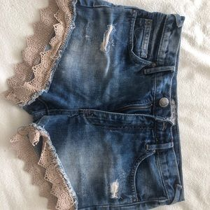 Free people lace denounce shorts